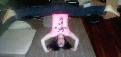 tripod headstand straddle